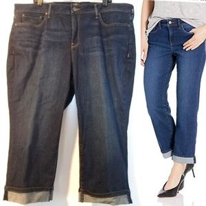 20W NYDJ Marilyn Straight Jeans with Lift X Tuck